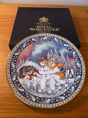 Royal Worcester Christmas Tales Plate Winter Waltz by Sue Scullard Boxed Unused