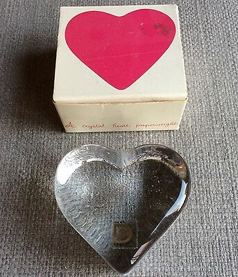 Dartington Crystal GLASS HEART. Paperweight.  Frank Thrower Design Original Box