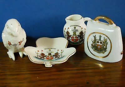 A collection of 4 crested china items from Southampton 3x Arcadian incl parrot