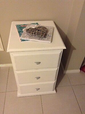 Pure White Shabby Chic/Hamptons Bedside Table with 3x Drawers