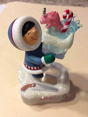 HALLMARK Frosty Friends Ornament 2015 with box, Excellent ornament & box.