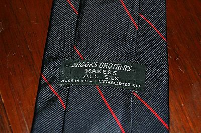 Brooks Brothers Navy Blue Red Striped Tie 100% Silk Made In USA EUC Classic Trad