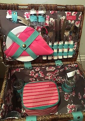 Bnwt Christmas - Joules 4 Person Picnic Wicker Basket Hamper Set With Cutlery