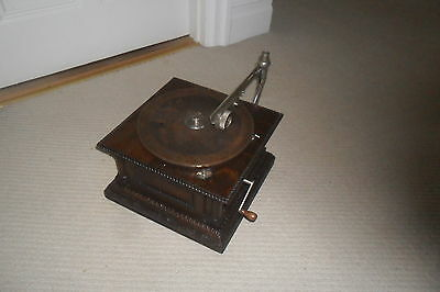 A Very Rare G&T HMV Monarch Gramophone Phonograph with sound conversion tonearm