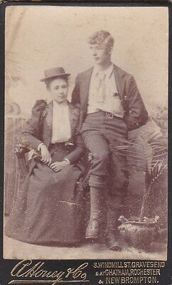 Old Photo Cdv People Fashion Woman Straw Boater Handsome Man Gravesend