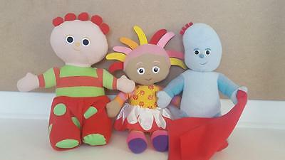 Hasbro In The Night Garden Iggle Piggle Upsy Daisy Character Soft Toy Bundle