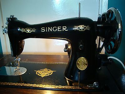 Vintage Electric Singer Sewing Machine 15K(80) 1939 in Cabinet