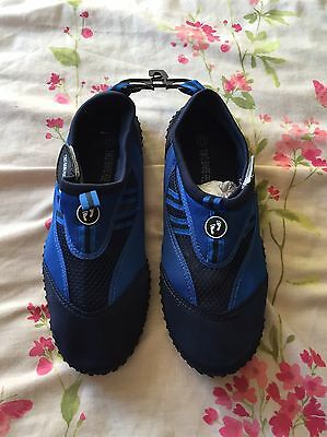 Men's Water Shoes Size 11