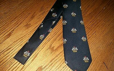 Vintage 1970s Haig & Haig Scotch Whiskey Necktie Renfield Importers