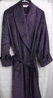 M & S Long Dressing Gown size 20 - 22 UK