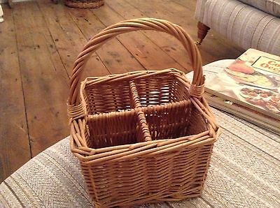 Natural Wicker Willow Cutlery / Condiment Storage Basket - 4 Sections Picnic