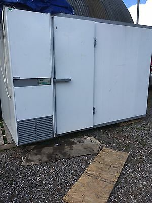 Cold Room - Chiller Unit Refrigerator Excellent Condition
