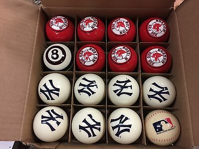 Red Sox Vs Yankees  Billiards pool ball set very good condition