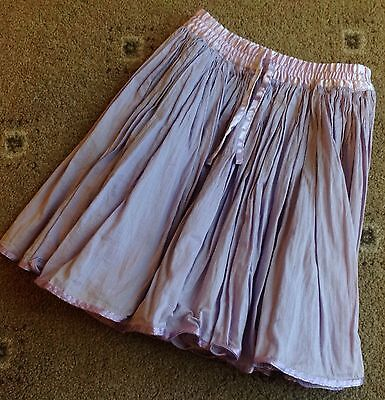 Very Pretty Girls Purple Crinkled Skirt. Age 4-5yrs. Excellent Condition