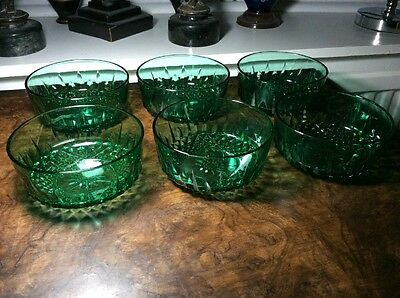 6 Vintage Arcoroc France Green Bowls , Superb - 12 cm diameter