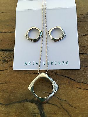 Sterling Silver Circle In Square Necklace And Earring Set  L18