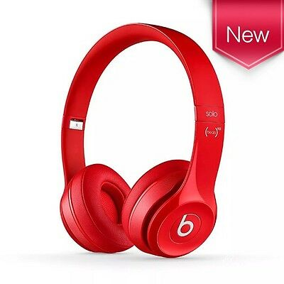 Beats by Dr Dre Solo 2 On Ear Headphones - Red. RemoteTalk™ cable - Carry Case