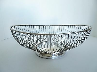 Vintage Leonard Silver Plated Oval Wire Bread Basket. 1950's. Made in Hong Kong