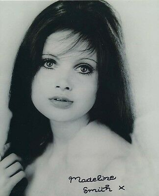 Madeline Smith In Person Signed Photo - B328 - SEXY!!!!