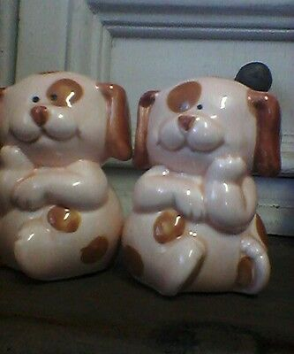 Vintage salt and pepper shakers. Little dogs!