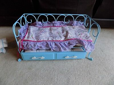 American Girl METAL TRUNDLE Bed Or Daybed For 2 Dolls. Couch By Day/Bed By Night