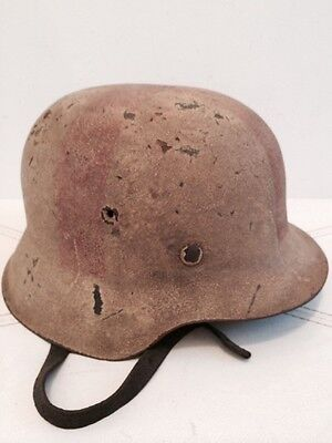 WW2 German helmet, M-42.Complete with the liner and chin strap.Size 64.Orig.