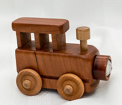Made-in-the-USA Limited Cherry/Maple Mini Train Kaleidoscope by J. Farnsworth