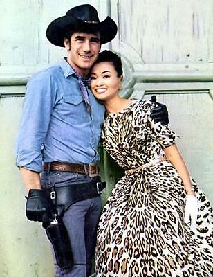 Robert Fuller Sexy Jess Laramie  8X10 Photo 505