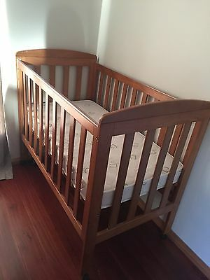Solid Timber 3 in 1 Cot Bed with as NEW Mattress for Baby/Toddler/Child