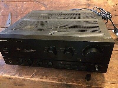Pioneer Reference A-717 Stereo  Amplifier Electronic