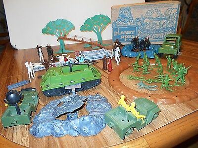 Planet of the Apes Playset Rare 1967 APJAC Prod. Multiple Toymakers Many figures