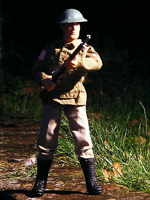 Action man figure with weapon and hat 1996