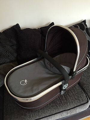 ICandy Peach Carrycot Black Jack With Rain cover