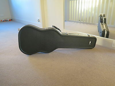 Electric guitar ABS hard case by Gear4music very good condition