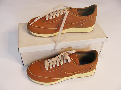 """Vintage Nike """"original Air Leisure"""" Deadstock With Box Size 7.5 Leather Tailwind"""
