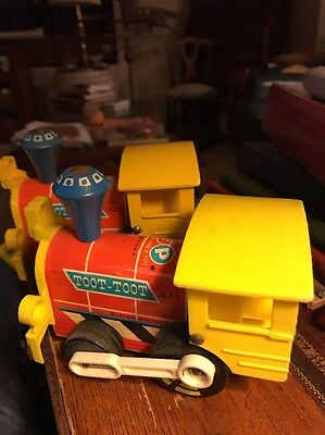 2 Fisher Price #643 wood Pull-Out toy Toot-Toot Engine Train 1964 Vintage