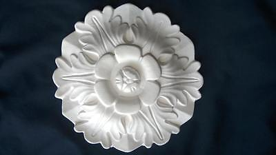 1 Small Plaster Rosette Ceiling Rose/wall Plaque 17.7Cms Diam With Free Delivery