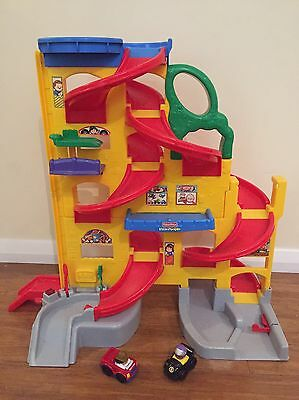Fisher Price Little People Wheelies Stand N Play Car Rampway