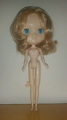 """Nude Factory 12"""" Icy Jecci 5 doll with layered Blonde hair UK SELLER"""