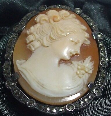 Stunning Vintage / Antique Carved Cameo Brooch - Marked 830 and M