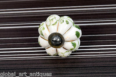 Beautiful Collectible Rare Vintage Ceramic Drawer/Wardrobe/Door Knobs. G73-18