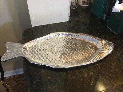 REED & BARTON Silverplated Fish Serving Platter #100