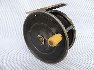 "Vintage Hardy Uniua 4 1/4"" Wide Spool Salmon Fly Fishing Reel. Circa 1920's"