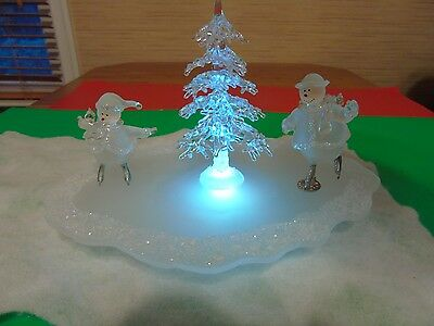 Avon Collection Holiday Skating Pond Colored 2 Figures & Tree Lights