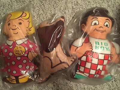 Lot of 3 Vintage Bob's Big Boy Dolly, Dog, Bob Cloth Plush Dolls Mint in package