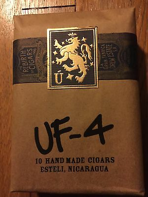 Liga Privada UF4 Sealed