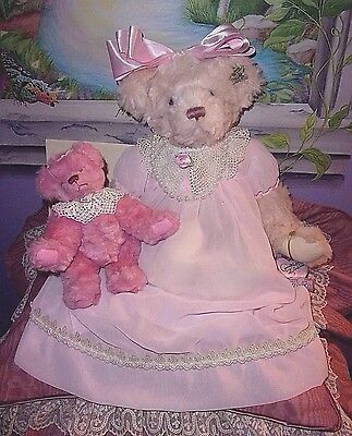 """Annette Funicello Limited Edition """"frangelica & Her Angel Bear"""" Set"""