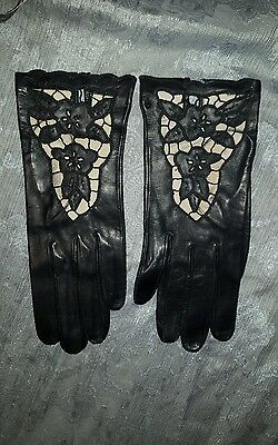 True Vintage Driving Gloves black leather small collectable detailed