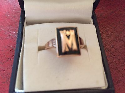 old gold antique ring.  M.  In Gold On A Ebony /jet Cartouche. Sculpted Shoulder