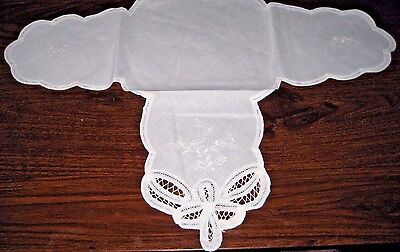 Vintage Cotton Bread/Rolls Napkin - White with Embroidered Flowers